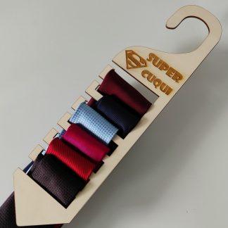 colgador corbatas madera personalizado